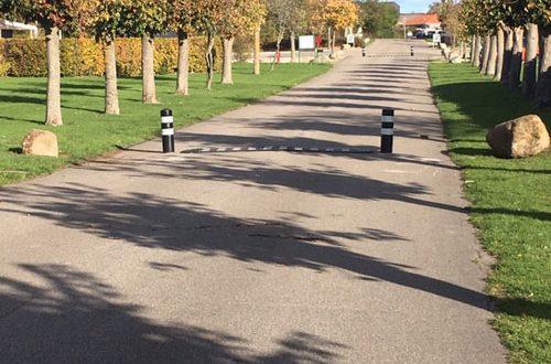 TDJ Vejbump 30 km/t m/2 kunststofpullerter