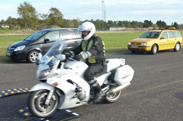 Politiet tester vejbump - typegodkendelse